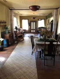 The entertaining parlor