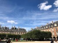 Place des Vosges - Hugo's apartment
